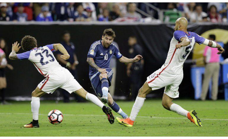 Messi: Hace tiempo pasan cosas, y nunca decimos nada