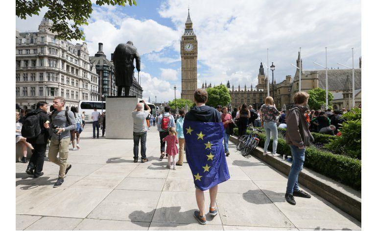 LO ULTIMO: Sturgeon cree que Escocia podría evitar el Brexit