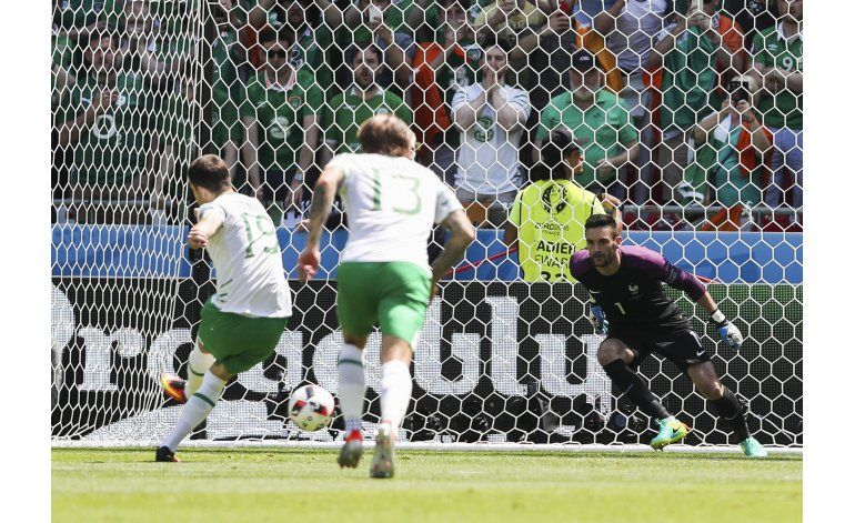 Griezmann levanta a Francia tras susto ante Irlanda