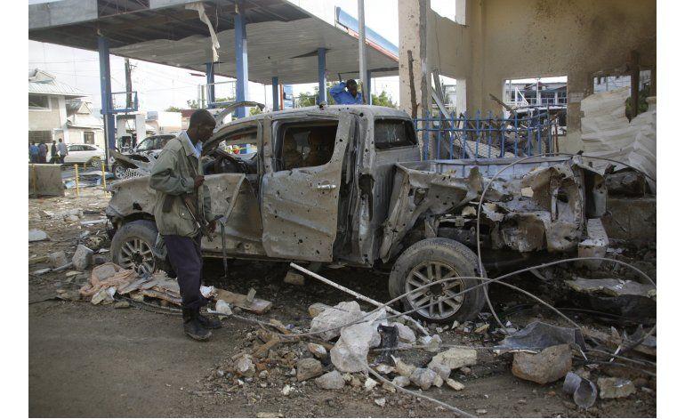 Ministro somalí entre 15 muertos en ataque a hotel