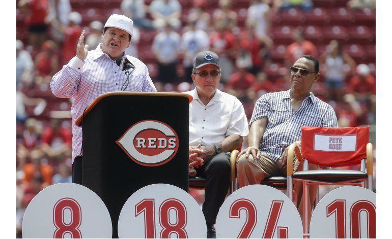 Rojos retiran número de Pete Rose y vencen a Padres