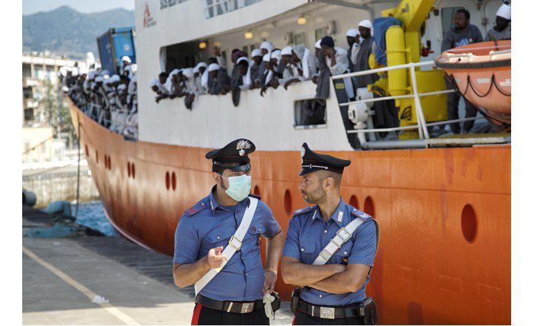 Policía serbia detiene supuesto traficante con 29 migrantes