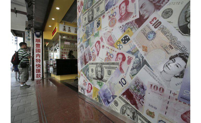LO ULTIMO: Fitch baja calificación de deuda de Reino Unido