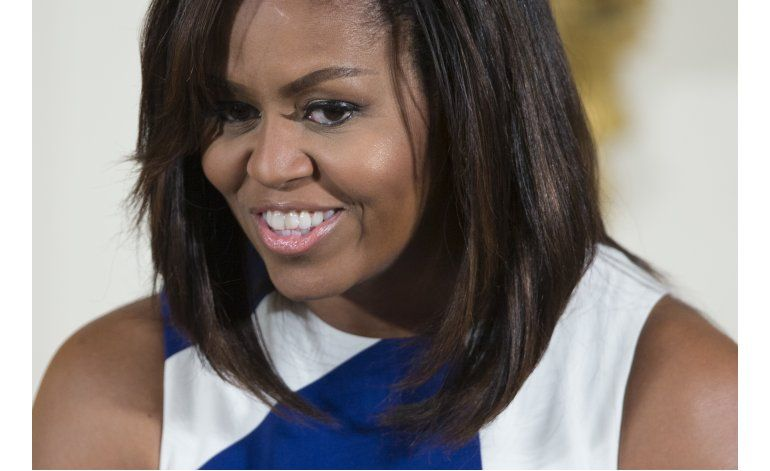 Liberianos, ávidos de recibir a su hermana Michelle Obama