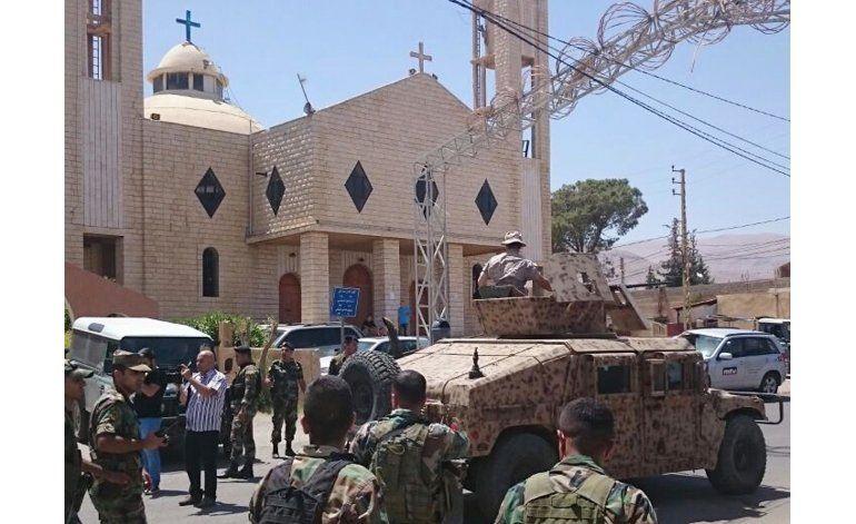 Ejército de Líbano detiene a 103 sirios tras ataques