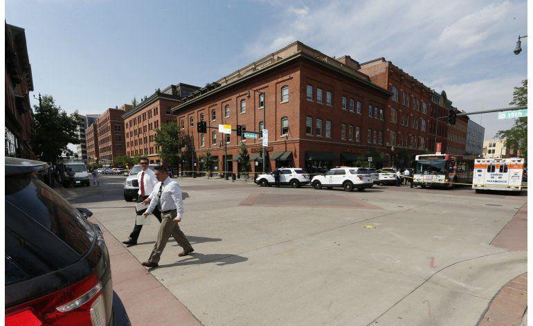 Hombre balea a mujer en Denver y se suicida