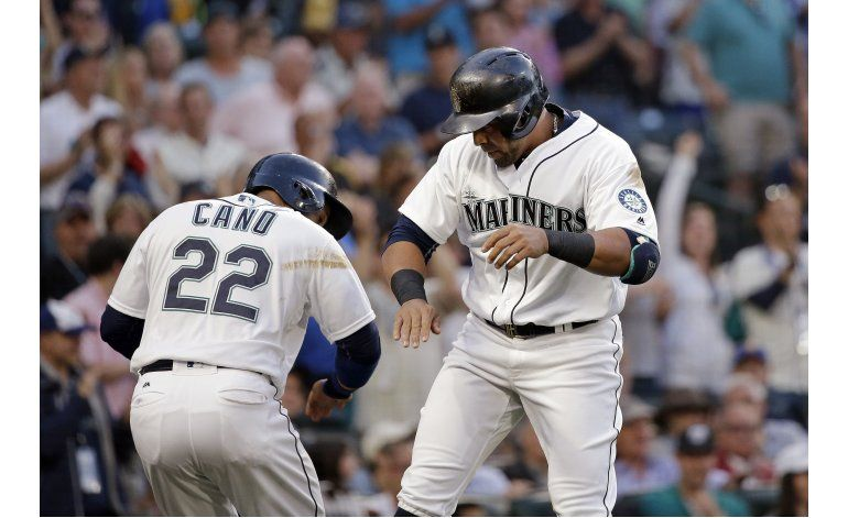 Nelson Cruz pega 20mo jonrón, Seattle gana a Pittsburgh 5-2
