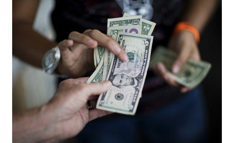 Aumenta el gasto consumidor en EEUU por 2do mes consecutivo