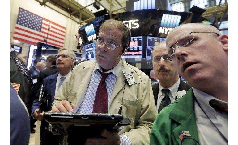 Bancos encabezan fuerte repunte en Wall Street