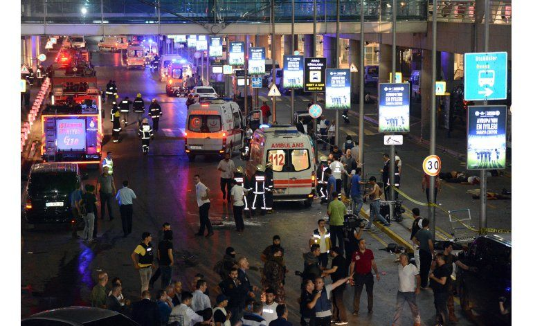 Elevan a 42 la cifra de muertos en el atentado en Estambul
