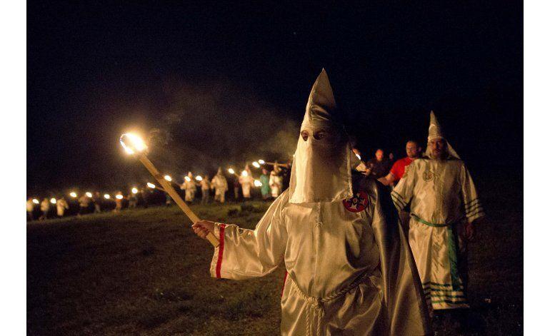 La inmigración, el nuevo enemigo número uno del Ku Klux Klan