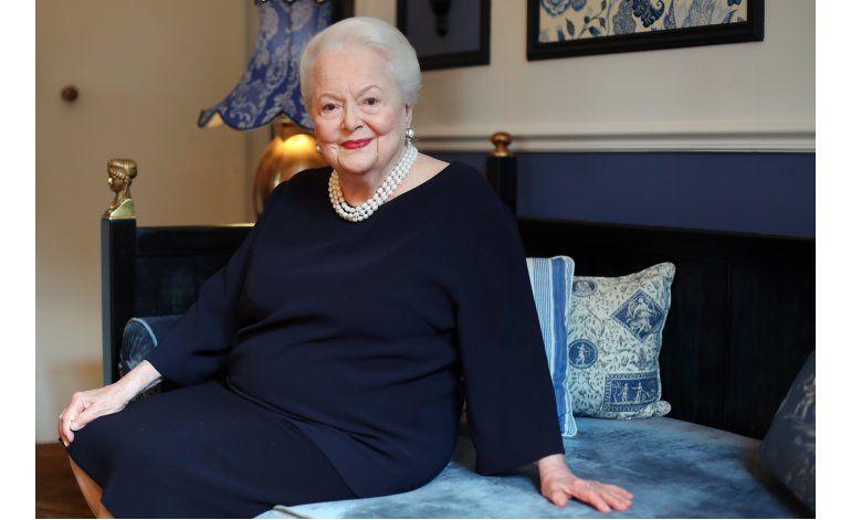 EntrevistaAP: De Havilland rompe silencio sobre hermana