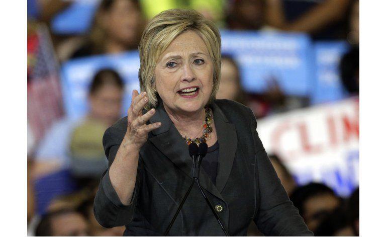 LO ULTIMO: Clinton arranca julio con 44 millones