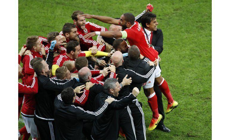 Gales fulmina 3-1 a Bélgica y se mete en semis