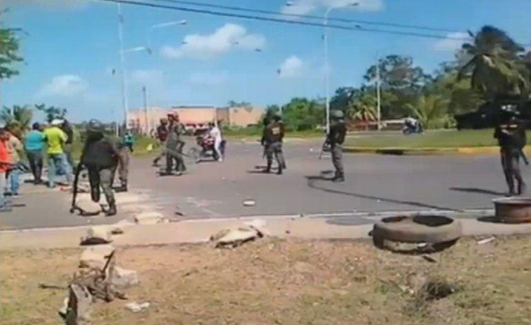 Violenta protesta en Venezuela por  falta de comida deja varios muertos y heridos