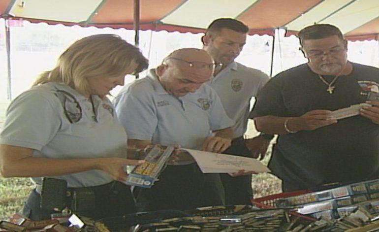 Autoridades inspeccionan puntos de ventas de fuegos artificiales
