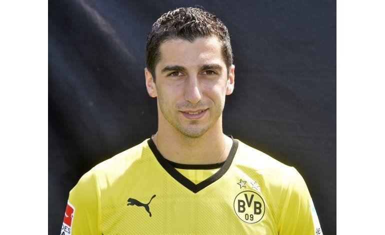 Dortmund acepta oferta de Man U por Mkhitaryan