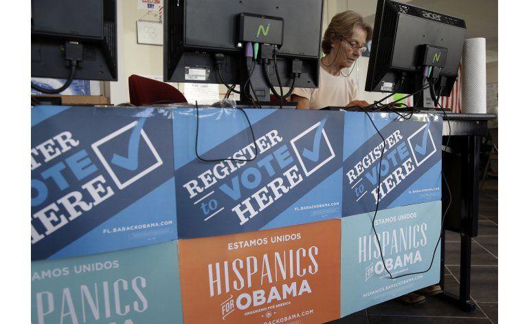 Maquinaria electoral de Obama calienta motores para Clinton