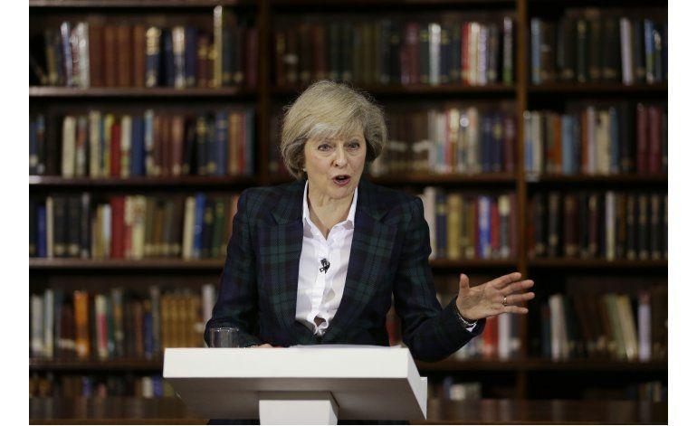May promete unificar a Gran Bretaña tras triunfo del Brexit