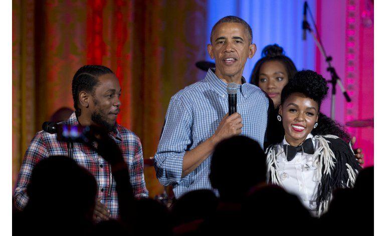 Obama: La libertad no ocurre así sin más; hay que defenderla