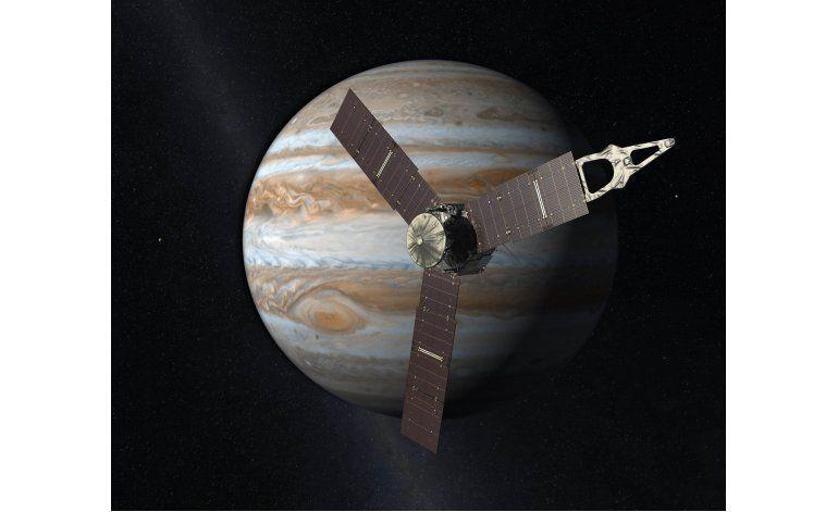 Sonda impulsada por energía solar llega a Júpiter
