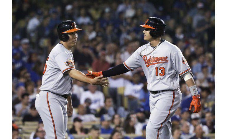 Machado lidera a los Orioles sobre los Dodgers