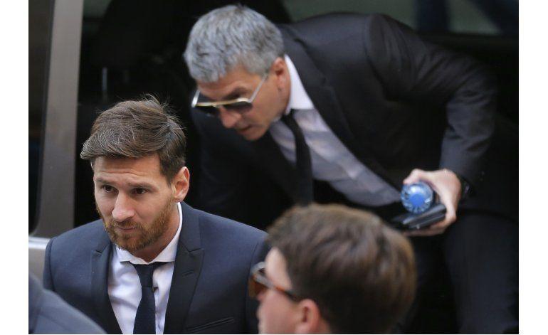 Messi condenado 21 meses por fraude fiscal, no irá a prisión