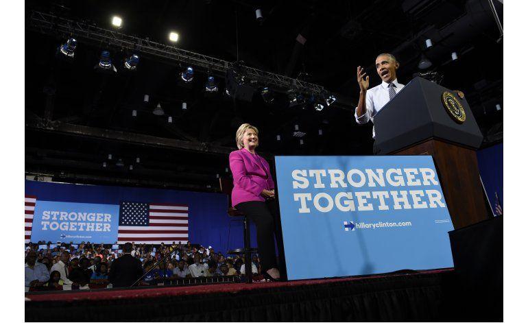 Clinton busca minar credibilidad de Trump como empresario