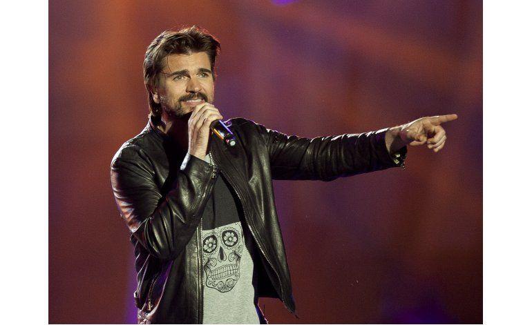 Juanes, Royce, J.Lo y Spears cantan por víctimas de Orlando