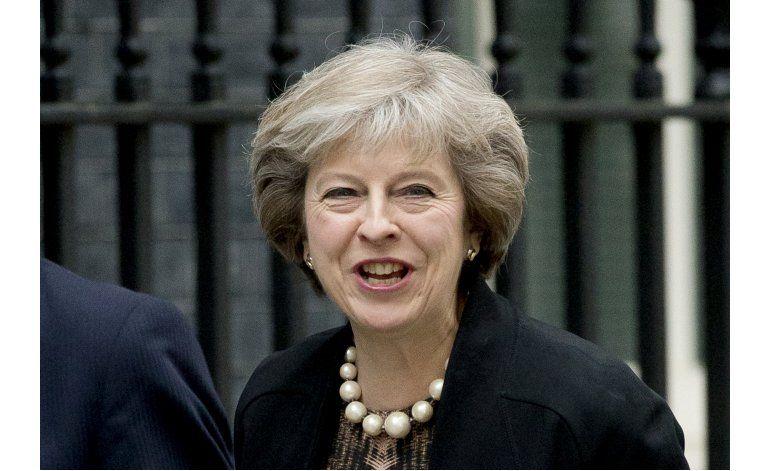 Conservadores británicos eligen a 2 aspirantes a premier