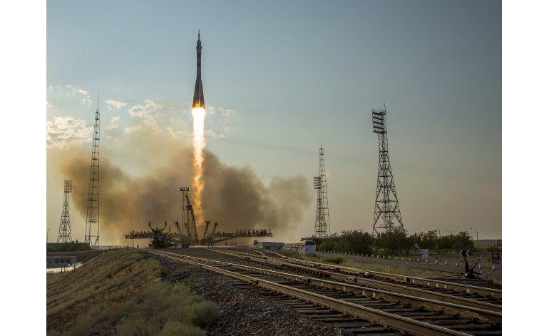Cápsula rusa Soyuz va rumbo a la estación espacial