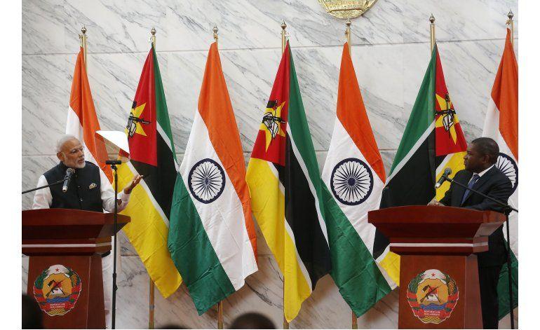 Primer ministro de la India inicia gira por Africa