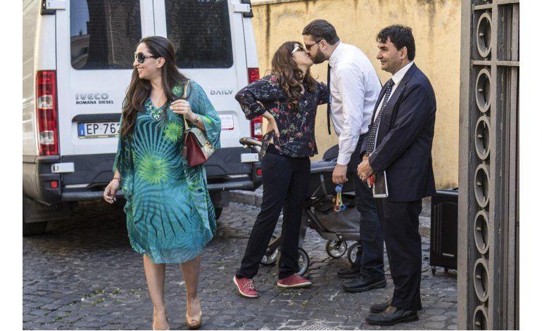 Vaticano condena a 2 por filtraciones; absuelve periodistas