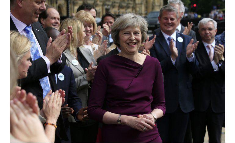 La confianza del consumidor británico se hunde tras voto UE