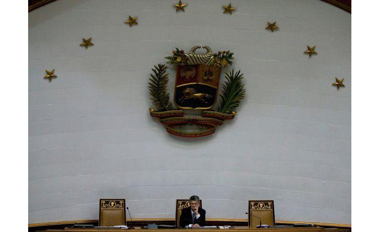Maduro silencia al congreso opositor en Venezuela