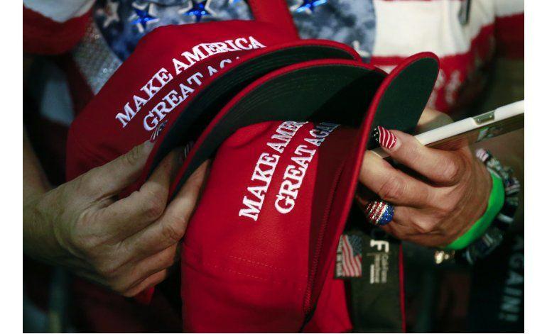 Podría haber gorras de campaña de Trump hechas fuera de EEUU