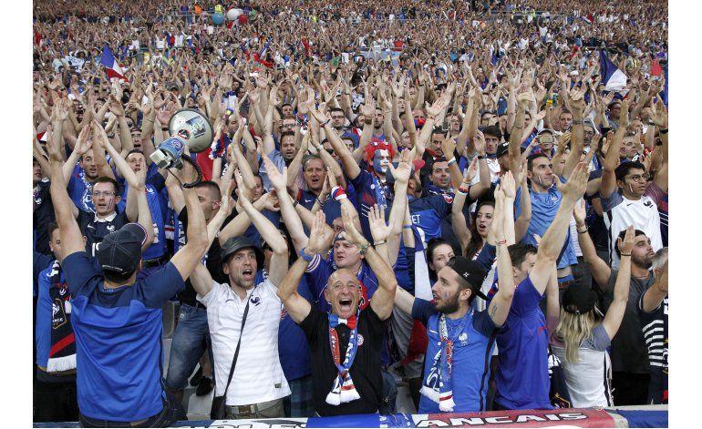 UEFA calcula ganancias de 917 millones por Euro