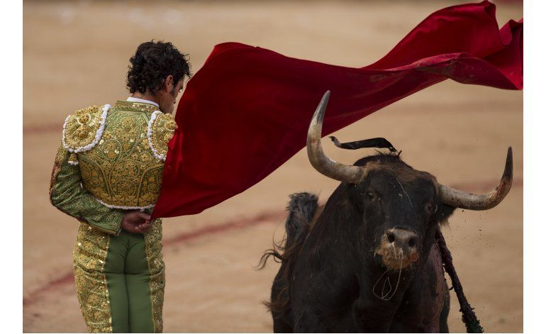 Siete heridos por asta de toro en 2do encierro de San Fermín