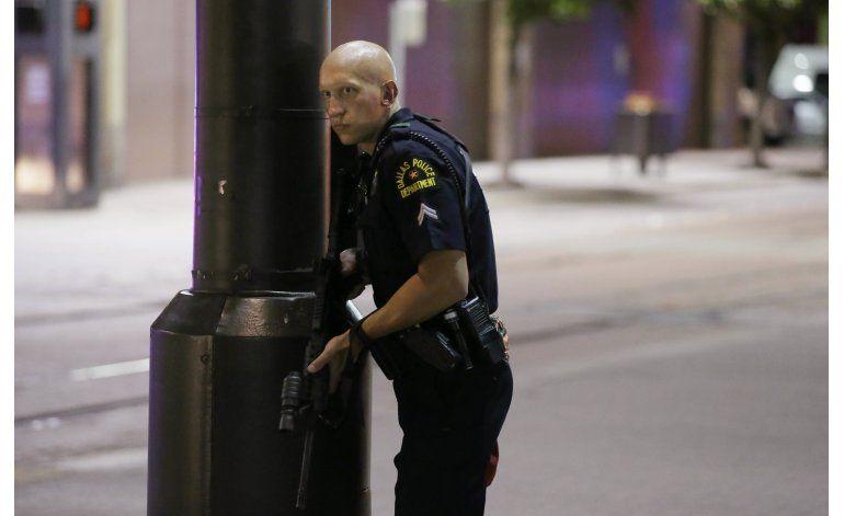 LO ULTIMO: Policías son agredidos en varios estados de EEUU