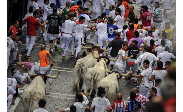 Encierros en España dejan un muerto y dos corneados