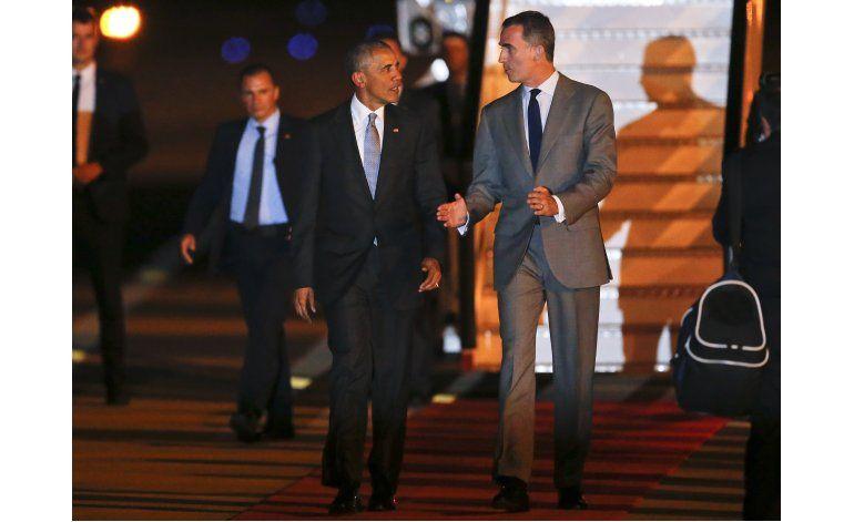 Obama llega a Madrid para una visita breve a España