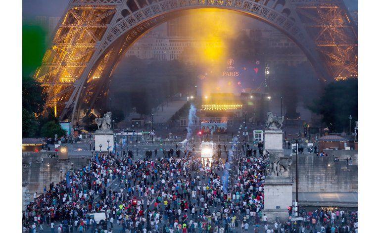 Policía usa gas lacrimógeno por disturbio durante final Euro