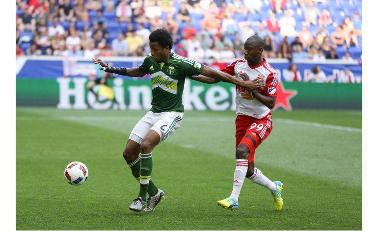 Sporting vence 3-1 al NYCFC y alarga su racha invicta