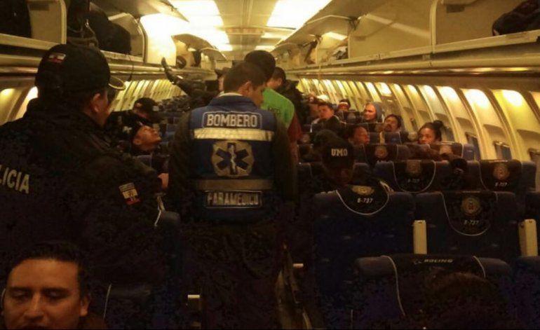Ecuador deporta a cubanos en cuestionable proceso legal