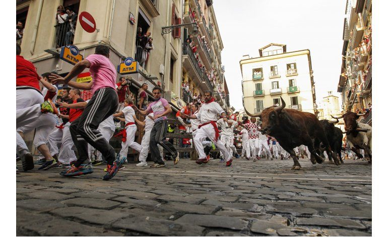 5to encierro San Fermín: 4 heridos por golpes, sin corneados