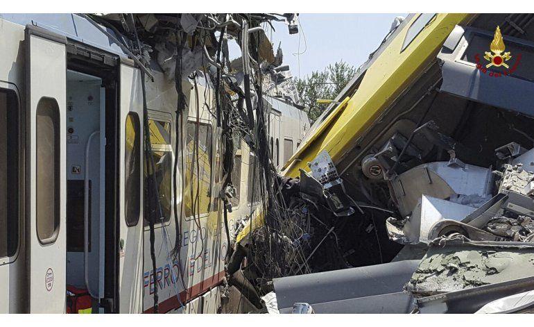 Chocan de frente dos trenes en Italia; al menos 22 muertos