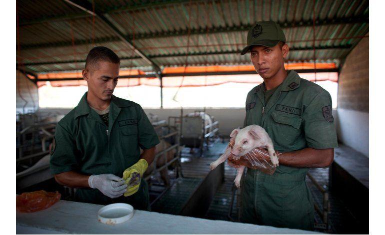 Venezuela combate la escasez con ayuda militar