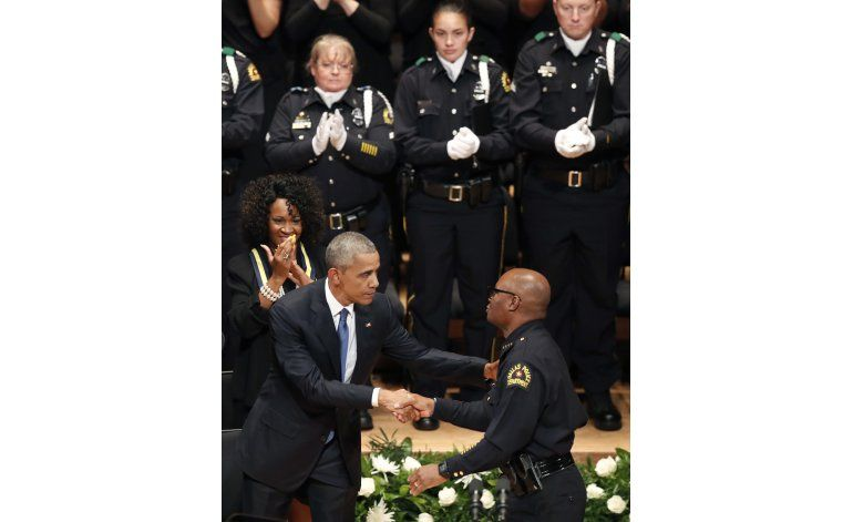 Muchos policías sienten que tienen relación tensa con Obama