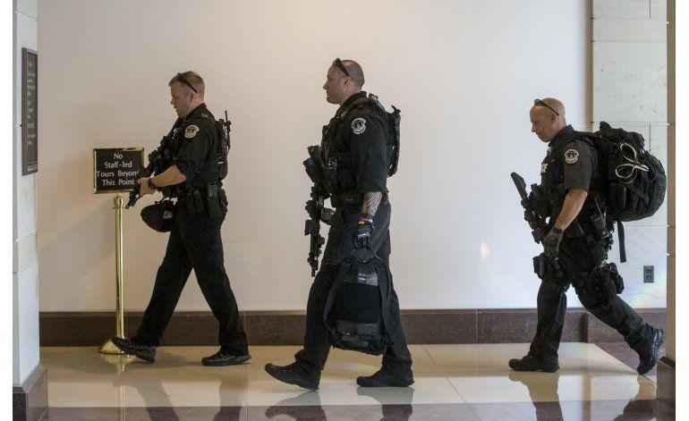Capitolio de EEUU en cierre de emergencia; policía investiga