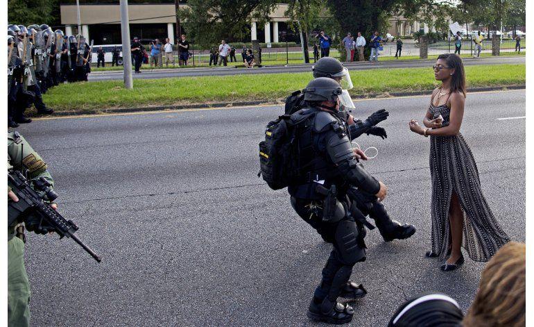 Demandan a policías de Baton Rouge por trato a manifestantes